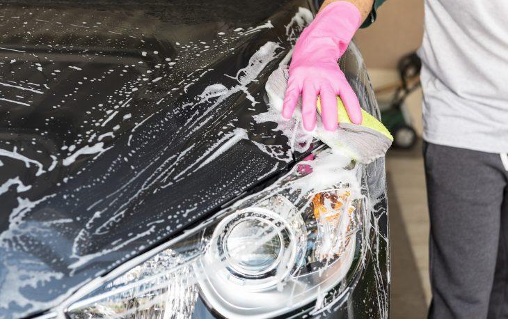 investir em uma franquia automotiva imagem ilustrativa franquia limpeza carro