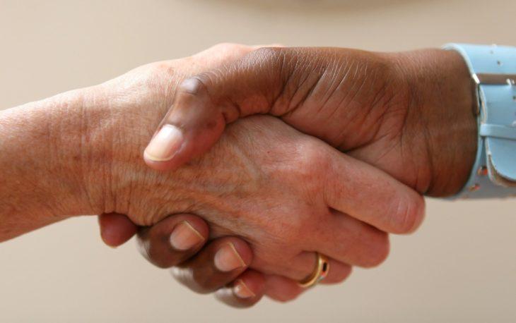 parceria entre franqueadoe e franqueado