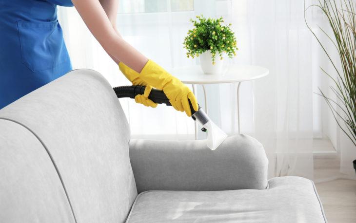 limpeza de sofa por franquia